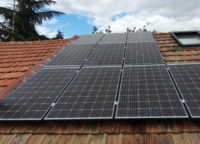 Chalet en Madrid-fotovoltaica